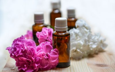 Ätherische Öle für entspannende Massagen zur Nacht